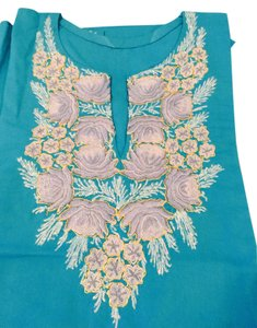 Other Top Turquoise and creme