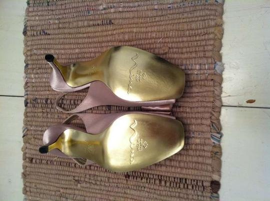Nina Shoes Sling Back Unique Bow Accent Gold Formal