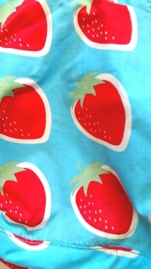 Other Tote in Strawberry Print