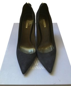 Vera Wang Pointed Toe Navy Pumps