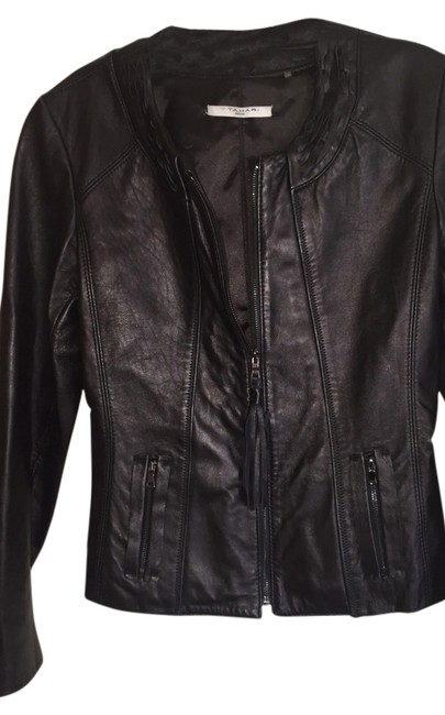 Preload https://img-static.tradesy.com/item/3817117/t-tahari-black-leather-jacket-size-6-s-0-0-650-650.jpg