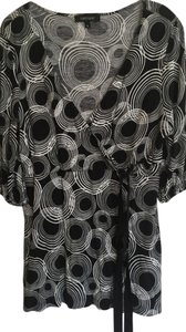 Karen Kane Top Black & white