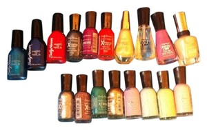 Sally Hansen 18 Piece Fingernail-Polish ALL BRAND NEW Retail For All $95.82