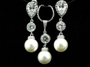 Pearl Bridal Earrings & Necklace Set Bridesmaid Gift Rhodium Plated Cubic Zirconia Jewelry Sterling Silver Posts Pearls
