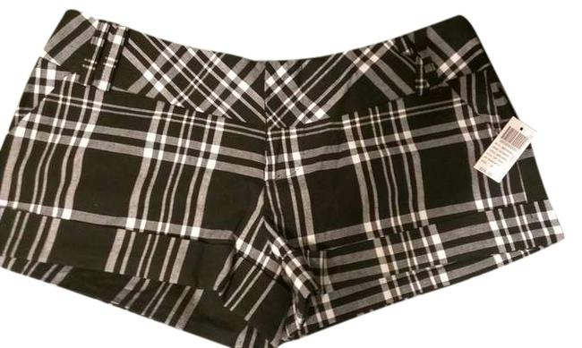 Wet Seal Mini/Short Shorts Black and White Plaid