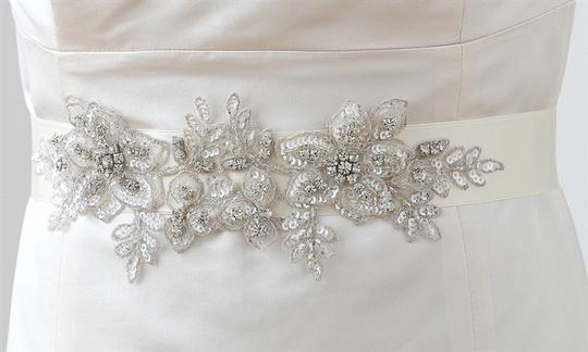 Preload https://item3.tradesy.com/images/mariell-white-breathtaking-handmade-of-european-crystal-beaded-applique-4193sh-w-sash-3820282-0-0.jpg?width=440&height=440