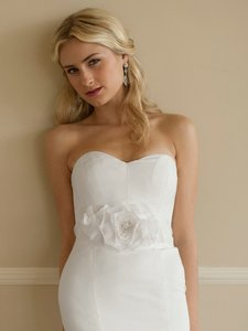 Mariell Handmade White Silk Flower Bridal Belt With Sheer Ribbon 4110bt-w