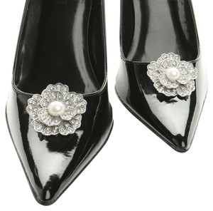 Mariell Vintage Marcasite Flower Shoe Clip with Pearl 3856SC