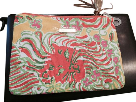 Preload https://img-static.tradesy.com/item/3821086/lilly-pulitzer-multicolor-for-target-clutch-cosmetic-bag-0-0-540-540.jpg
