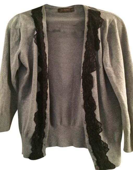 Preload https://item5.tradesy.com/images/the-limited-cardigan-gray-3821119-0-0.jpg?width=400&height=650