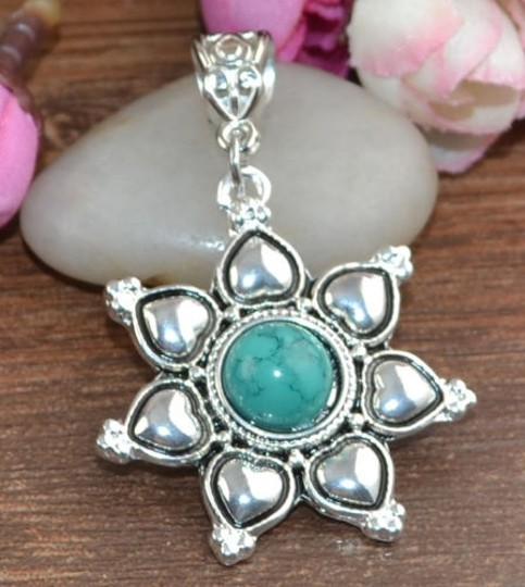 Preload https://img-static.tradesy.com/item/3821677/silver-bogo-free-turquoise-pendant-wfree-ssp-chain-free-shipping-necklace-0-0-540-540.jpg
