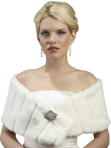 Mariell Pelted Faux Fur Wrap 3356W-W