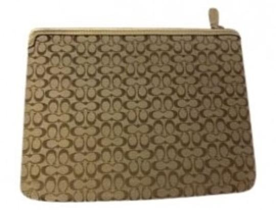 Preload https://item4.tradesy.com/images/coach-ipad-beige-and-gold-material-with-leather-trim-laptop-bag-38223-0-0.jpg?width=440&height=440