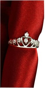 Brand new silver plated cz stone Crown Queen Princess Ring size 6