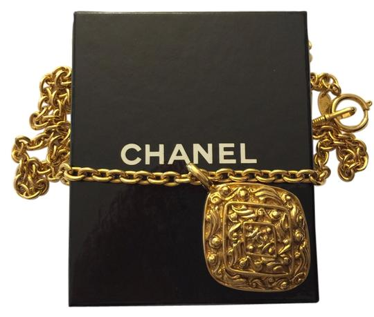 Preload https://item3.tradesy.com/images/chanel-vintage-chanel-rhombus-pendant-necklace-with-box-and-authenticity-tag-3823012-0-0.jpg?width=440&height=440