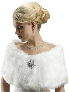 Mariell Faux Fur Bridal Wrap with Pure White Fox 116W-W