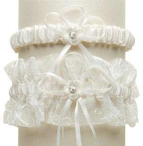 Mariell Vintage Wedding Garter Set with Floral Embroidered Tulle - Ivory G018-I-I