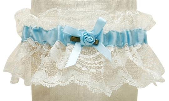 Preload https://img-static.tradesy.com/item/3823648/mariell-ivoryblue-hand-sewn-vintage-lace-wedding-garters-with-205g-bl-i-0-0-540-540.jpg