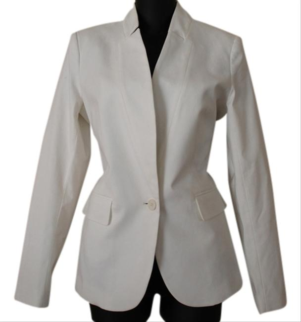 Preload https://item3.tradesy.com/images/theory-white-blazer-3824377-0-0.jpg?width=400&height=650