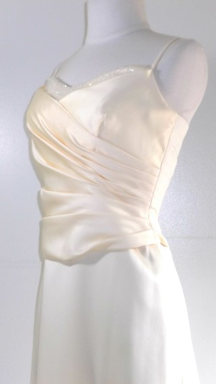 Alfred Angelo Butter Satin Style 6826 Formal Bridesmaid/Mob Dress Size 4 (S)