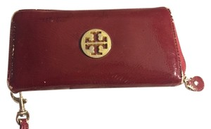 Tory Burch Tory Burch Burgundy Patent Leather Wallet