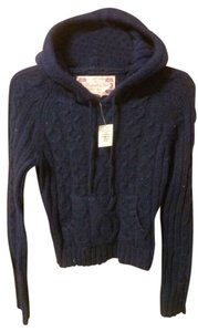 Abercrombie & Fitch Hooded Sweater