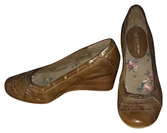 Self Esteem Brown Wedges