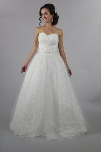Handmade Sweetheart Rose Lace White Ball Gown Wedding Dress Backless Bridal Dress Wedding Dress