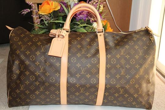 Preload https://item2.tradesy.com/images/louis-vuitton-keepall-60-monogram-weekendtravel-bag-382786-0-0.jpg?width=440&height=440