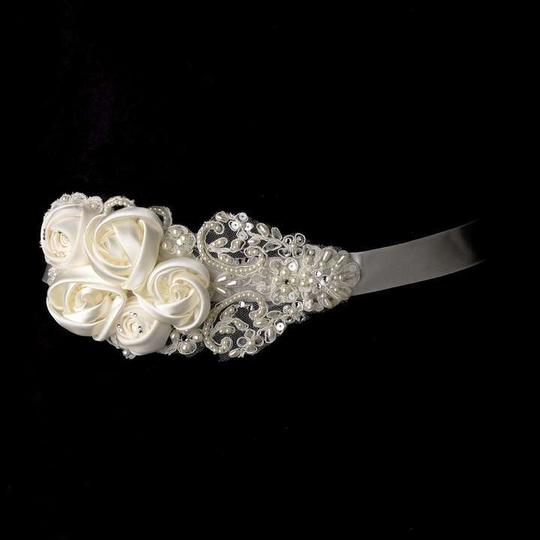 Ivory Rhinestone Pearl Beaded Lace Flower Sash