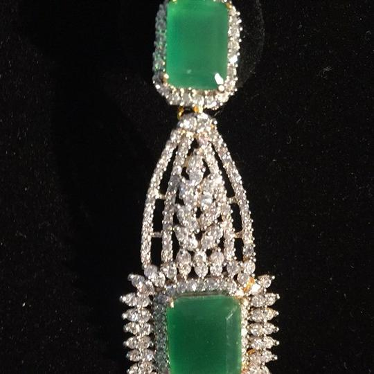 Other Beautiful Evening Indian Emeralds With CZ
