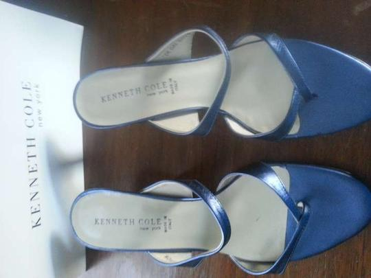 Kenneth Cole Blue Sandals Size US 8