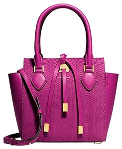Michael Kors Tote in Fushia