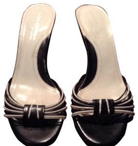 Via Spiga Black, White Pumps