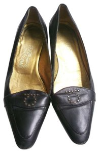 Salvatore Ferragamo Size 7 Formal Black and gold Flats