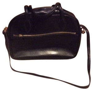 Desmo Satchel in Black
