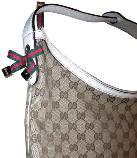 Preload https://img-static.tradesy.com/item/383262/gucci-cream-shoulder-bag-0-1-540-540.jpg