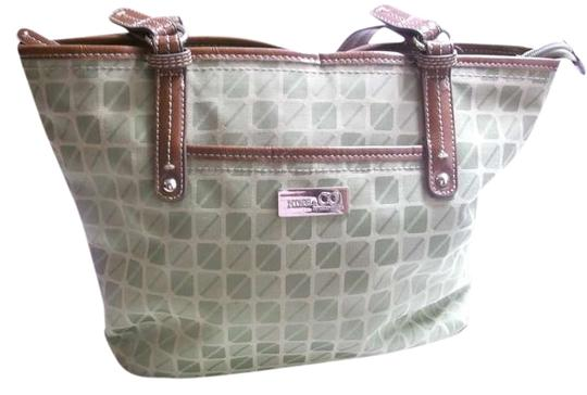 Preload https://img-static.tradesy.com/item/383274/nine-and-co-or-a-purse-light-green-canvas-leather-shoulder-bag-0-0-540-540.jpg