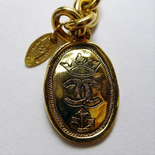 Chanel Chanel Vintage gold-plate Signature Crest Medallion necklace