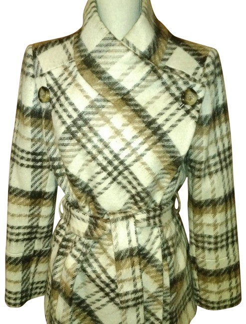 Preload https://img-static.tradesy.com/item/383341/tahari-camelivory-plaid-coat-size-8-m-0-5-650-650.jpg