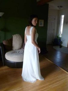 Bari Jay White Chiffon 233 Feminine Wedding Dress Size 6 (S)