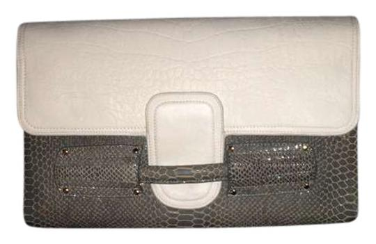 Preload https://item3.tradesy.com/images/stella-and-jamie-fall-2103-gray-leather-clutch-383457-0-0.jpg?width=440&height=440