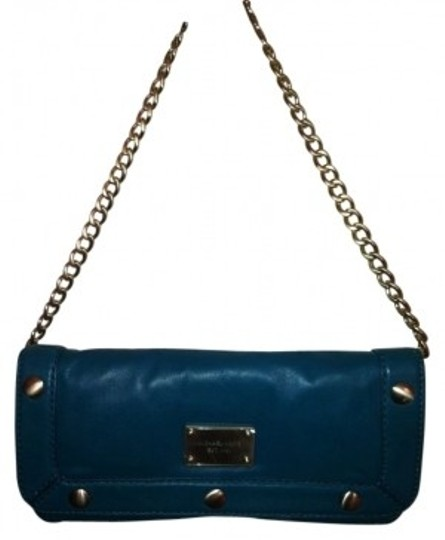 Preload https://item2.tradesy.com/images/michael-kors-delancey-turquoise-leather-clutch-38371-0-0.jpg?width=440&height=440