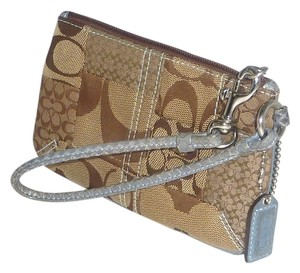 Coach Signature C Jacquard Blue Stitching Snakeskin Wristlet in Brown/Blue