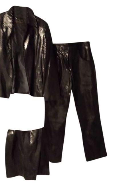 Preload https://img-static.tradesy.com/item/383928/black-genuine-leather-and-suedes-tanened-straight-leg-pants-size-os-one-size-0-0-650-650.jpg