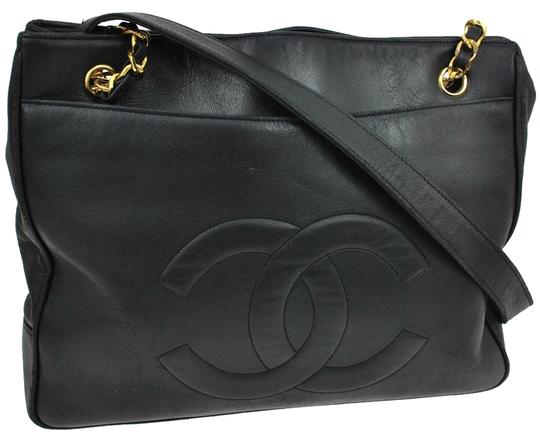 Preload https://item5.tradesy.com/images/chanel-cc-classic-tote-black-lambskin-leather-shoulder-bag-3840964-0-0.jpg?width=440&height=440