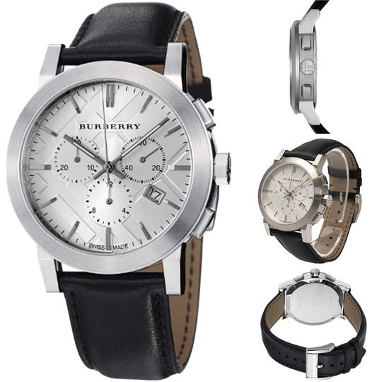 Preload https://item4.tradesy.com/images/burberry-black-classic-leather-strap-watch-3842233-0-0.jpg?width=440&height=440