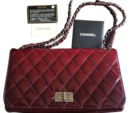 Preload https://item4.tradesy.com/images/chanel-classic-flap-rare-ombre-diamond-shine-cherry-red-caviar-leather-shoulder-bag-3842653-0-0.jpg?width=440&height=440