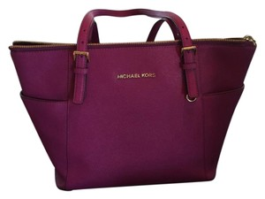 Michael Kors Mk Tote in PURPLE