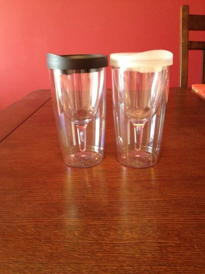 2 Vino2go Cups - Black And White